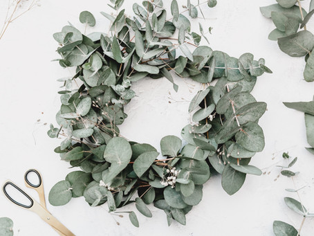 DIY festive decorating – Festive foliage wreaths & lantern making kits