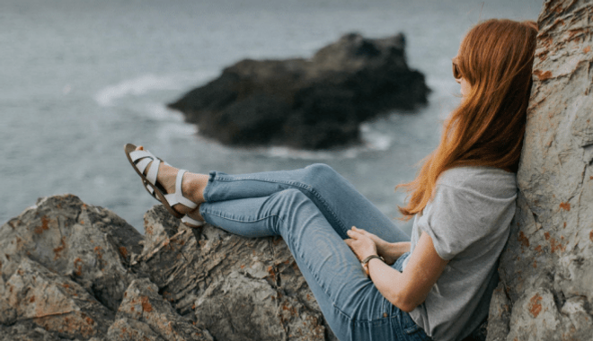 Photo of girl looking out to sea by Felix Russell-Saw
