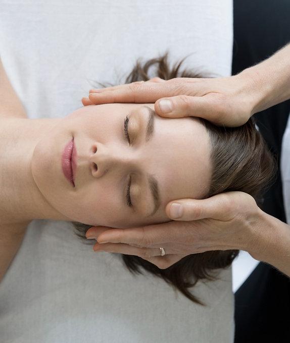 Head Massage_edited.jpg