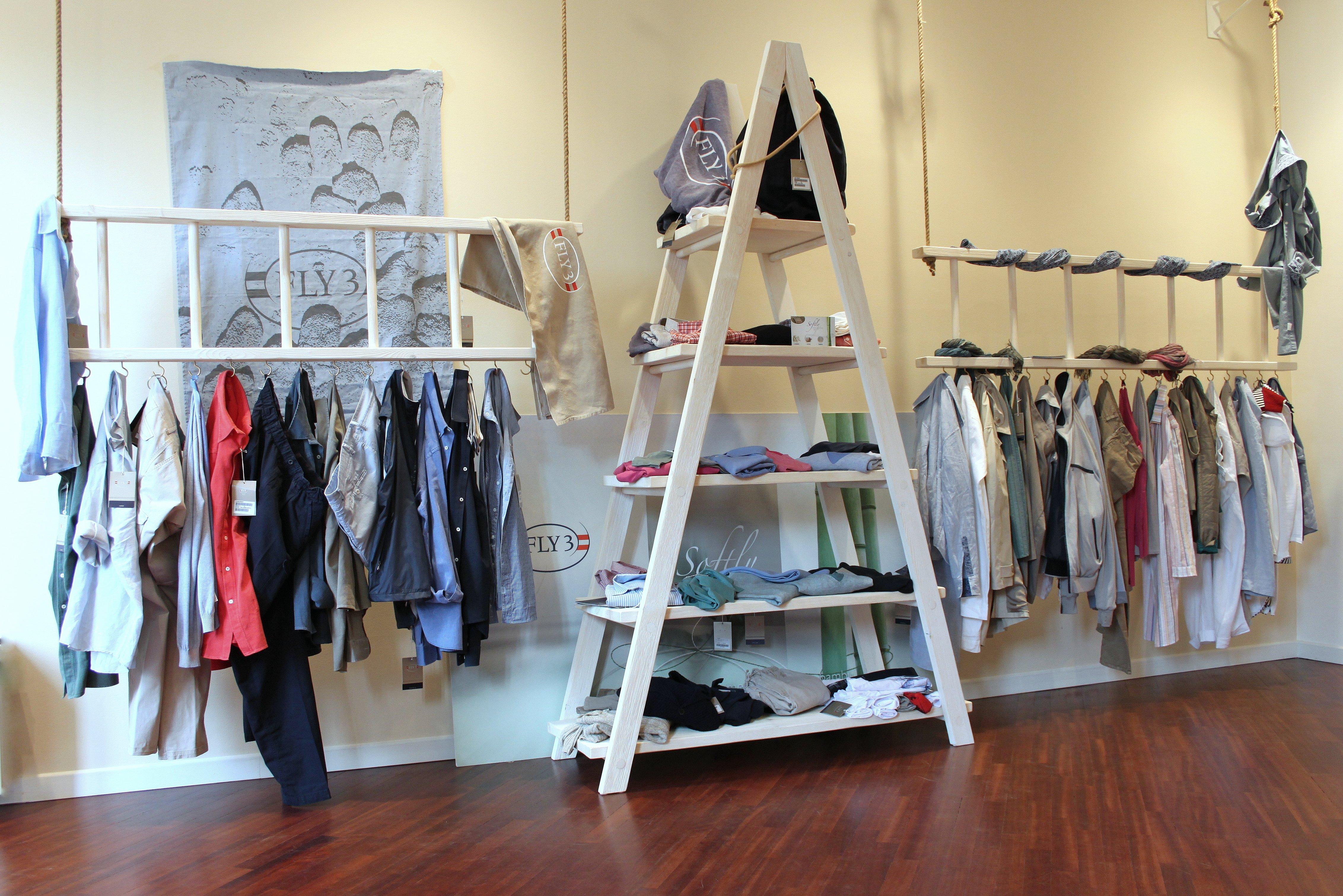 Progettazione di espositori per showroom