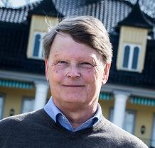 Widar Salbuvik er en aktiv gründer og investor som spiller en sentral rolle i norsk næringsliv. Salbuvik bygde i sin tid opp Pareto, og er i dag investor og styreleder i flere selskaper. Han er er aktiv eier i Styrelederskolen og holder foredrag på kurs og seminar.