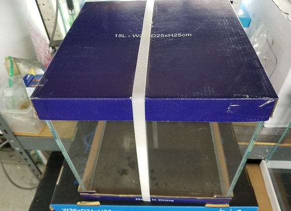 卡爾版丁方水晶缸 25cm x 25cm x 25cm