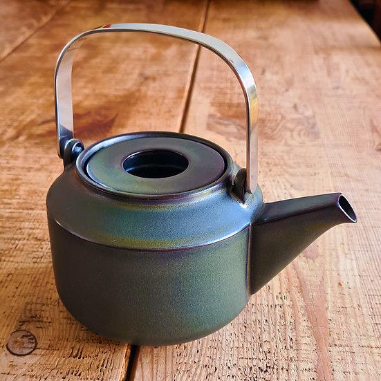 Club lT Ceramic Teapot