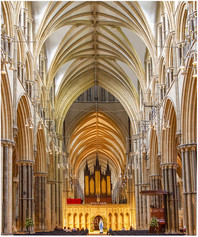 Lincoln Cathedral and Madonna Peter Sands