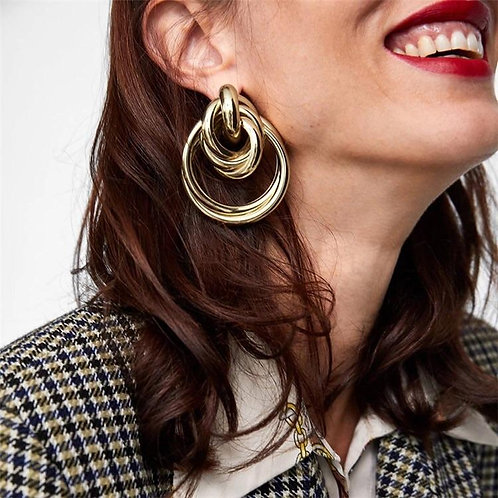 Gwen Oversized Swirl Into Me Earrings