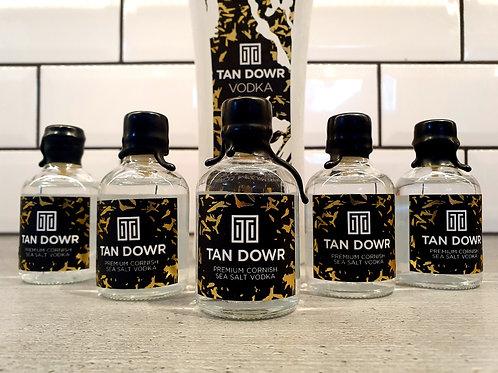 Tan Dowr Vodka Miniature 5cl