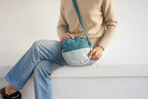 Round Bag Turquoise Sky