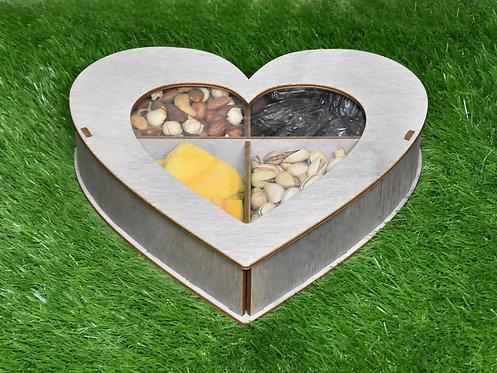 Набор из орехов из сухофруктов