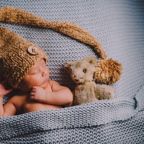 1stYear_Tiberiu_Newborn_190.jpg
