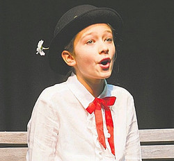 Ellie - Mary Poppins 2015_edited_edited.jpg