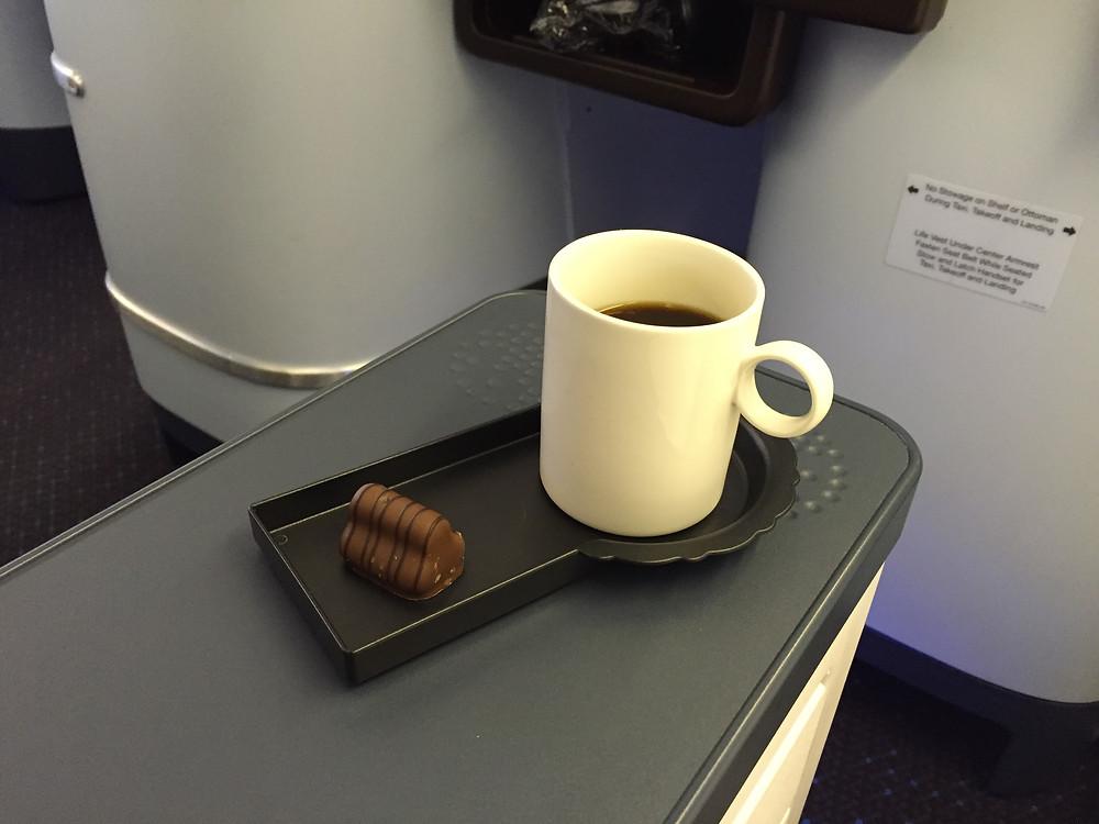 KLM ビジネスクラス コーヒー