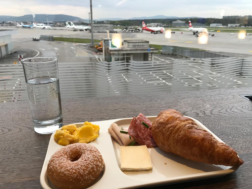 スイス航空 チューリッヒ空港 ビジネスクラスラウンジ
