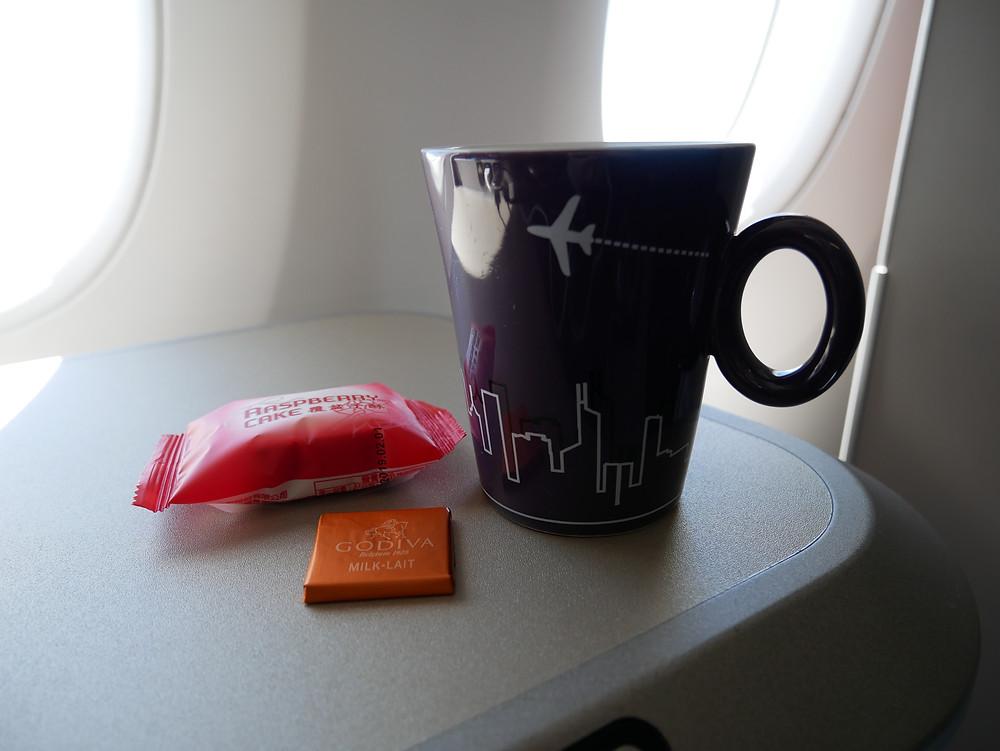 香港航空 A350 ビジネスクラス 機内食 飲み物