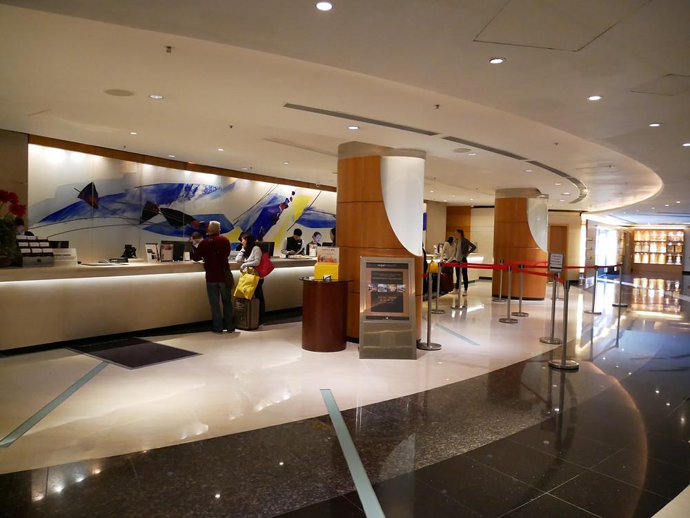 リーガル・エアポートホテル  フロント