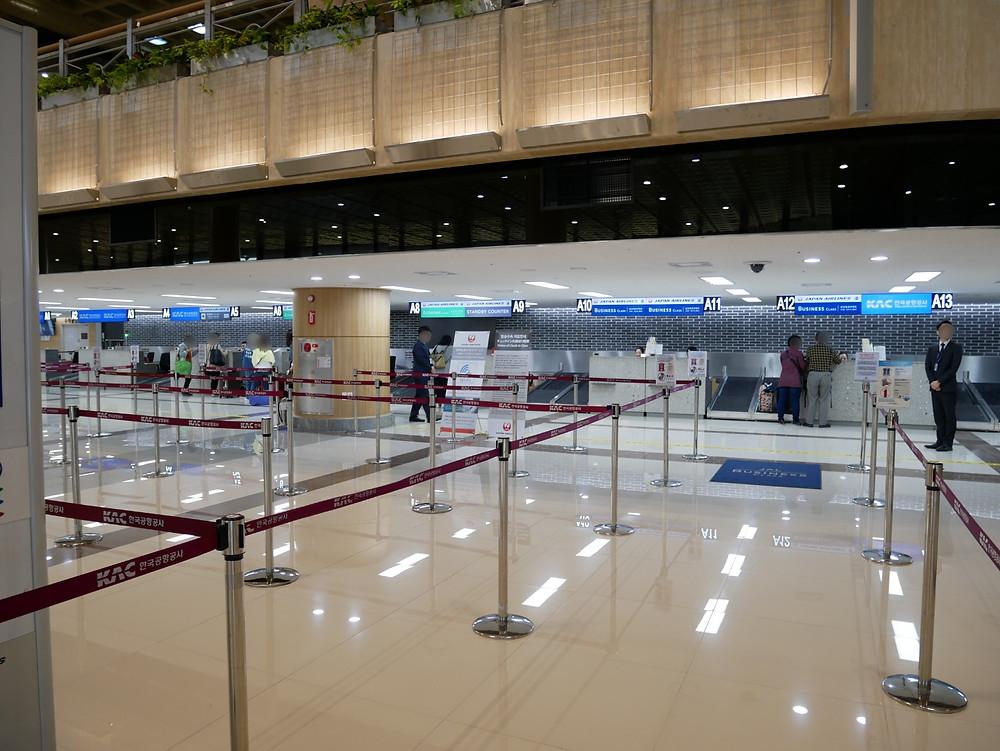 金浦空港 JLチェクインカウンター