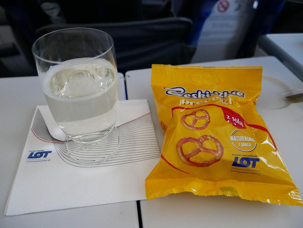 LOTポーランド航空 プレミアムエコノミークラス ドリンク