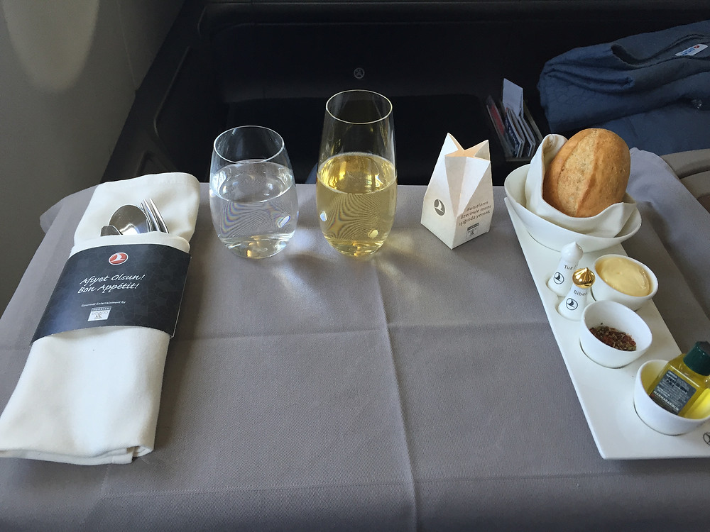 ターキッシュエアラインズ 機内食 テーブルセット