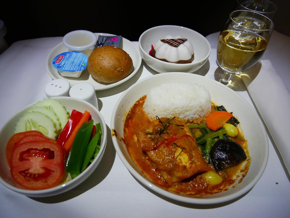 ロイヤルヨルダン航空 ビジネスクラス 機内食