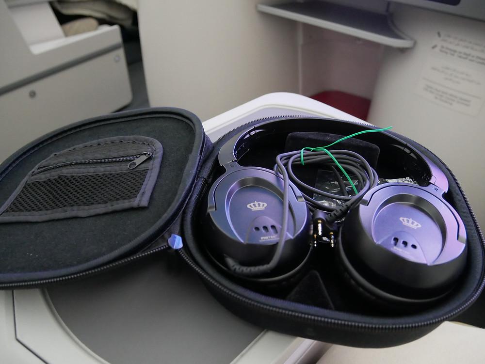 ロイヤルヨダン航空 ビジネスクラス ヘッドホン