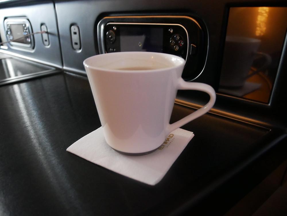 エティハド航空 ビジネスクラス お茶