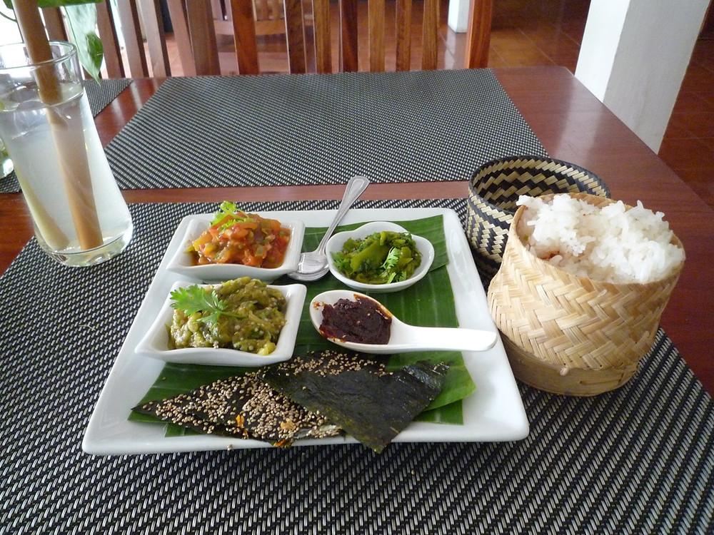 ルアンパバーン もち米と料理