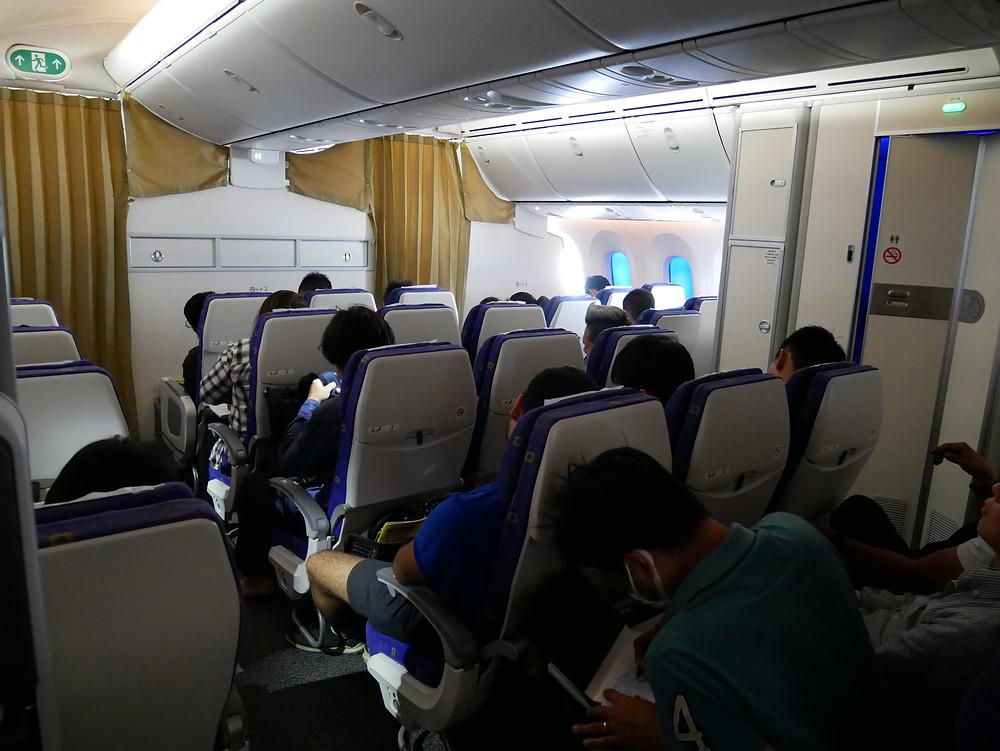 スクート 787 機内