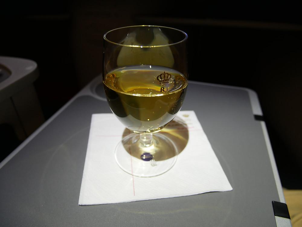ロイヤルヨルダン航空 ビジネスクラス ワイングラス