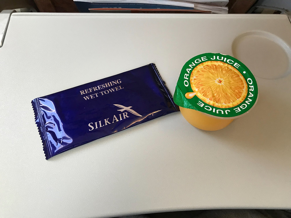 シルクエアー A320 オレンジジュース