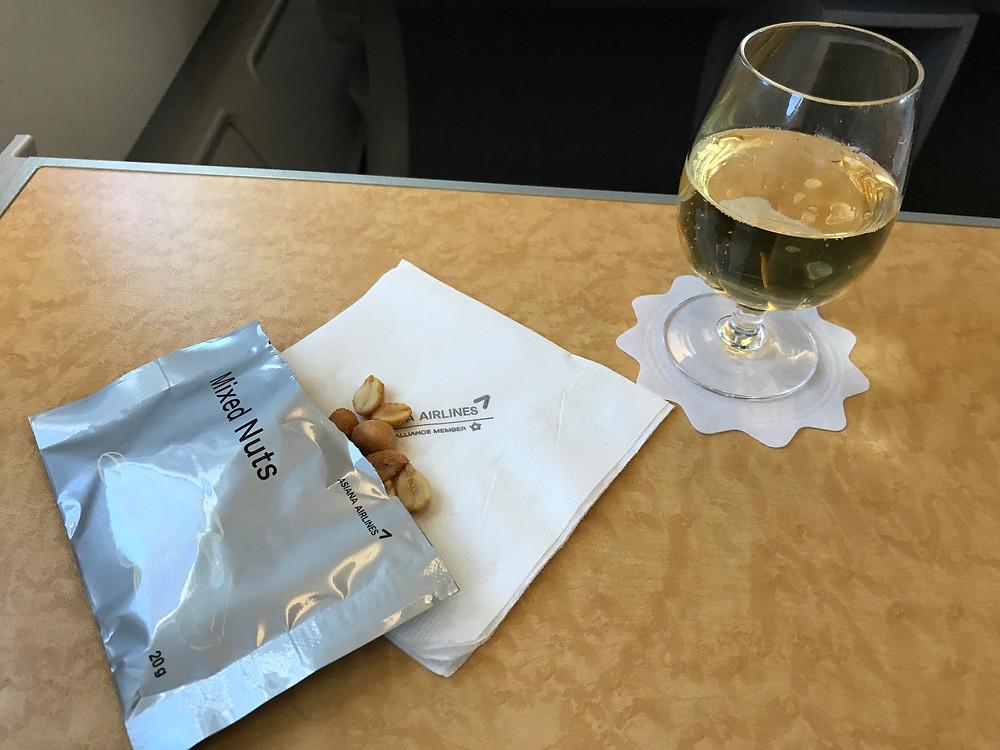 アシアナ航空ビジネスクラス シャンパン