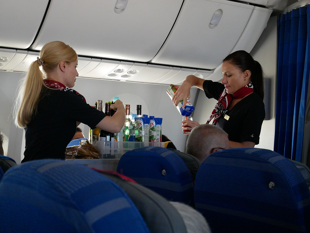 LOTポーランド航空 プレミアムエコノミークラス ドリンクサービス