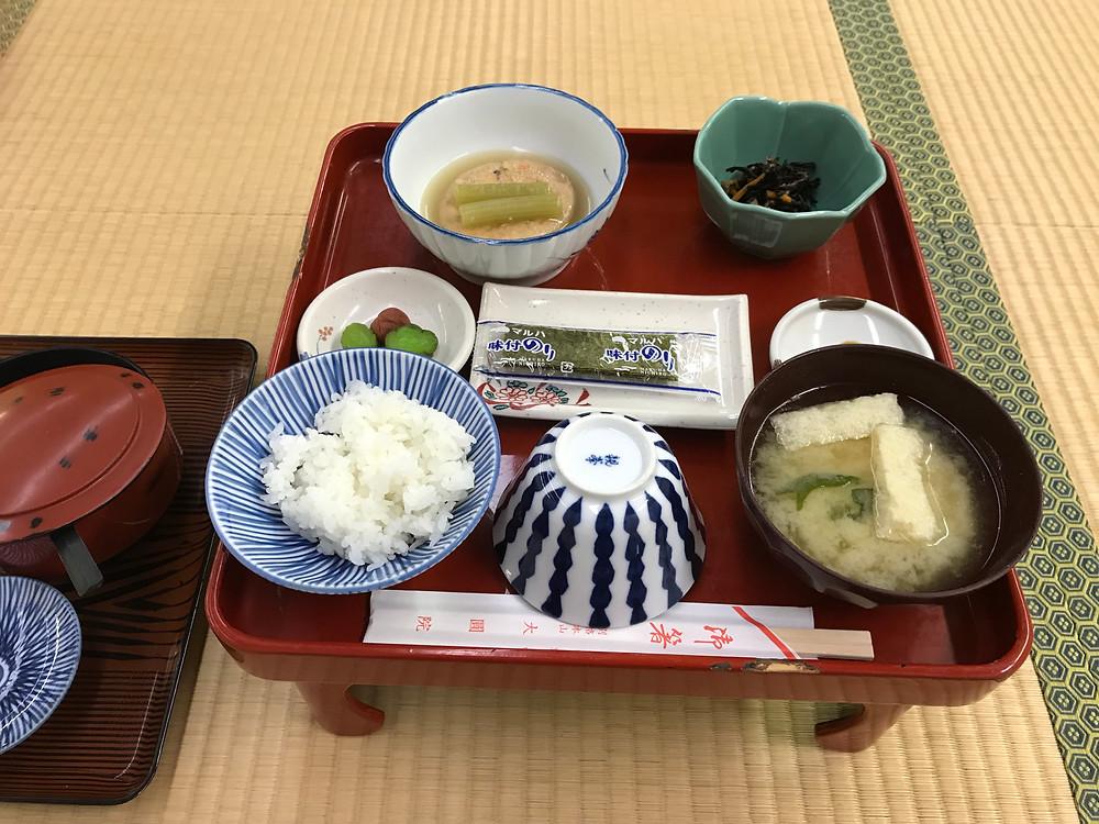 大円院 朝食