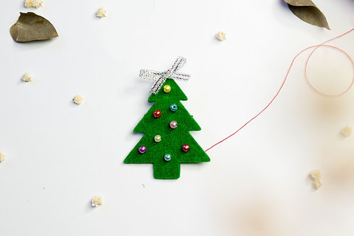 TREE_BROCHE