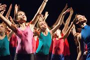Danse contemporaine pour enfants à Paris 20 Danse moderne enfants Paris 20 danse contemporaine enfants Cours de danse pour enfants Paris 20 Cours de danse enfants Paris 20 Danse le mercredi après-midi à Paris Ateliers enfants Paris 20 le mercredi