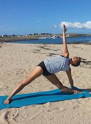 Julie Portanguen cours de yoga Paris 11 cours de yoga à Paris cours de yoga République cours de yoga Paris 20 cours de yoga Paris 10 Cours de yoga Paris 9 yoga iyengar paris hatha yoga paris 11 cours de yoga en journée à paris cours de yoga sympa à paris