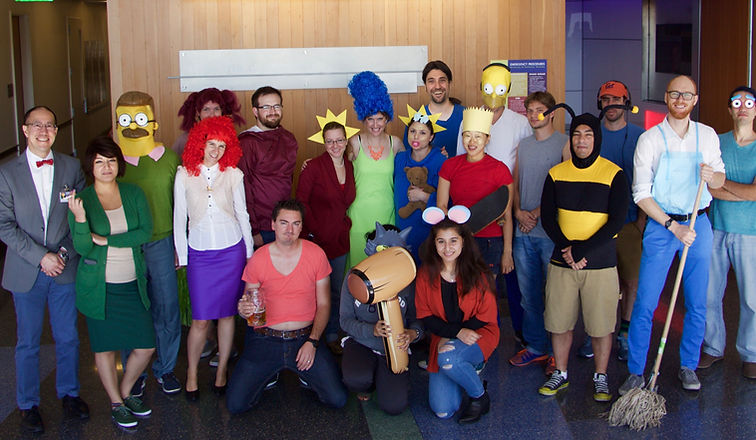 Simpsons%20Halloween-Group-01_edited_edited.jpg