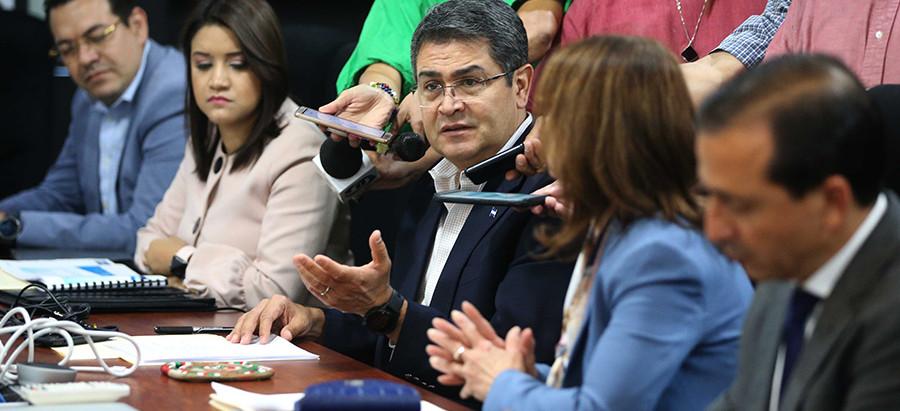 """Presidente Hernández: """"900 mil trabajadores se verían beneficiados con Ley de Alivio de Deuda"""""""