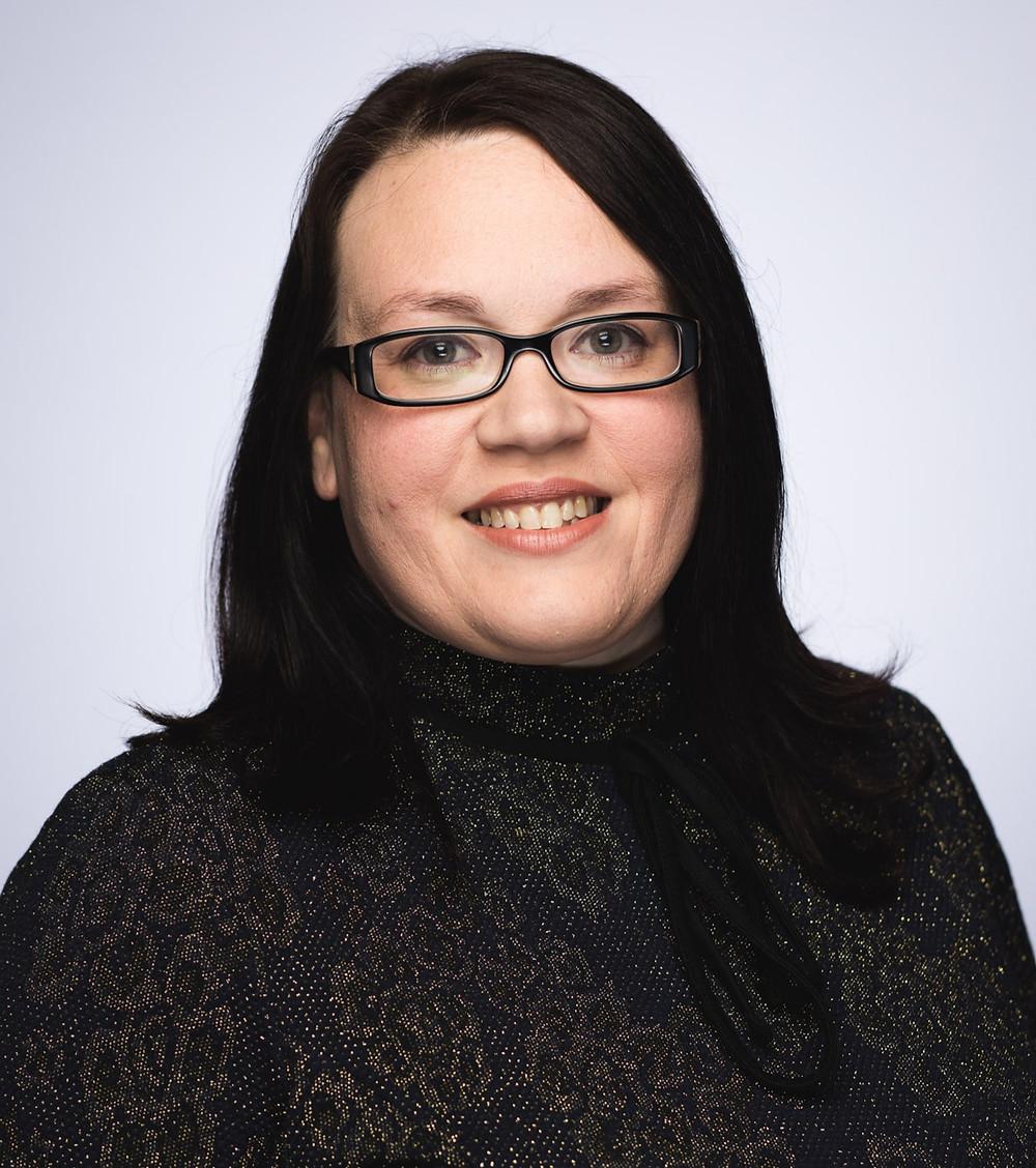 Naomi Austen, Group HR Director