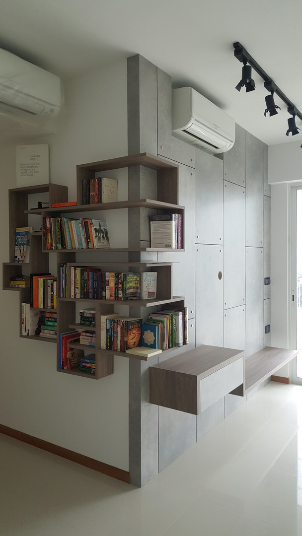 Feature Bookshelf