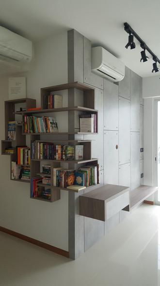 Feature Bookshelf