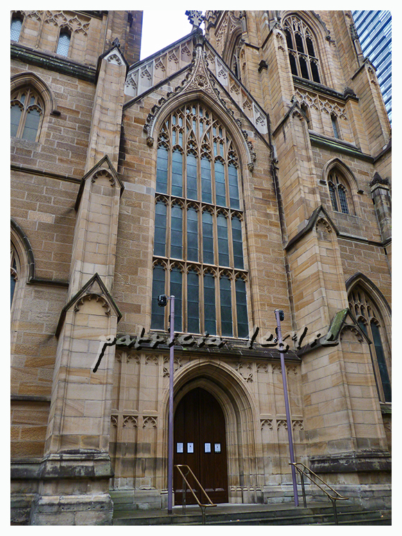 St Andrews Church inTown Hall Square Sydney_front_photo by Patricia Leslie_Crossing the line
