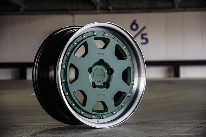 OR1 3pc w gear Green 4.jpg
