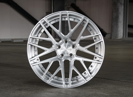 M10 Elite 20inch in Brushed Clear