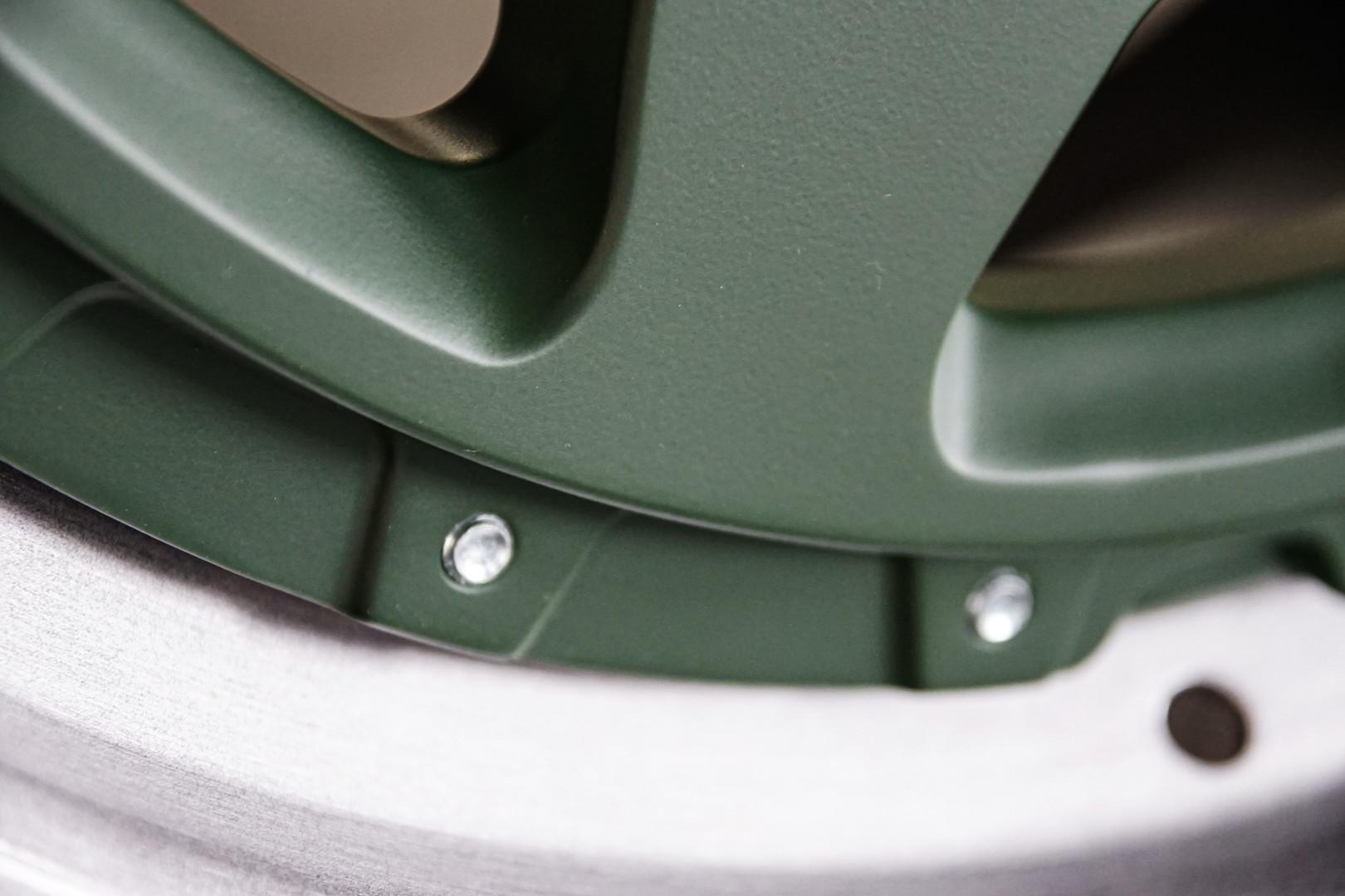 OR1 3pc w gear Green 3.jpg