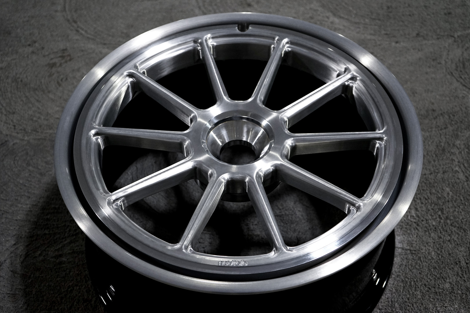 MS10 PROGRESSIV 20X9.5 CENTER LOCK