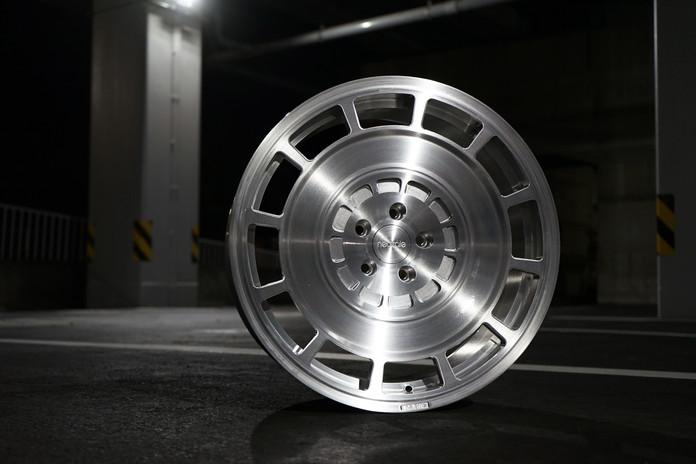 LM12 MONO 20x10.0