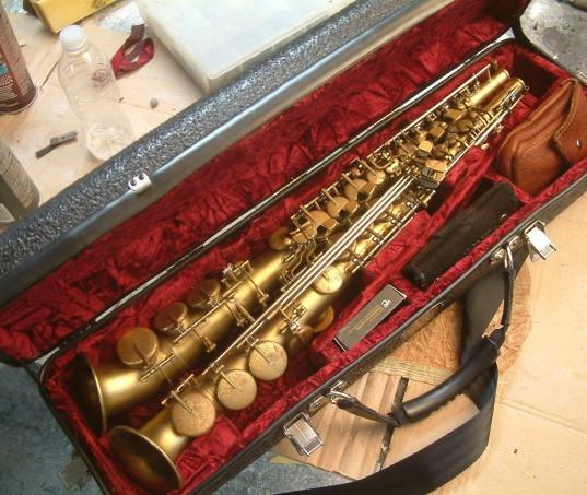 Custom Case for Lovano Aulochrome