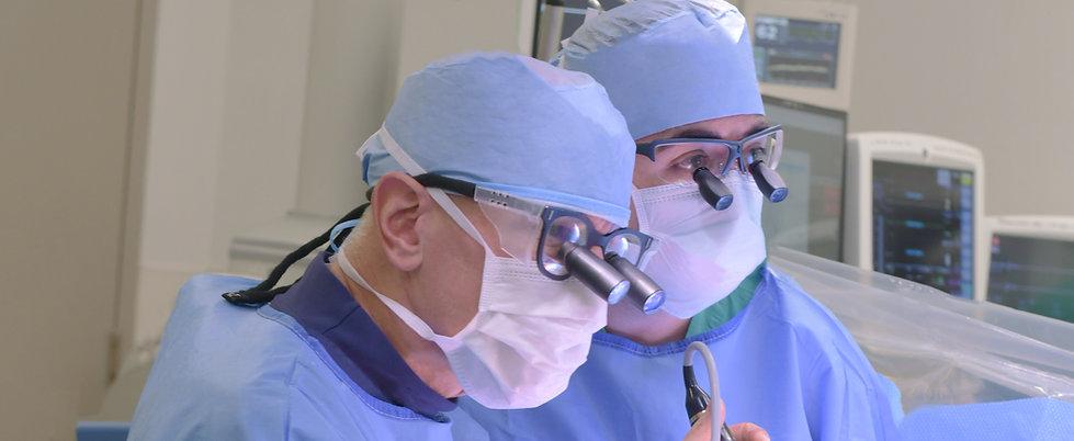 Javier Castillo and David Adams peform mitral valve repair