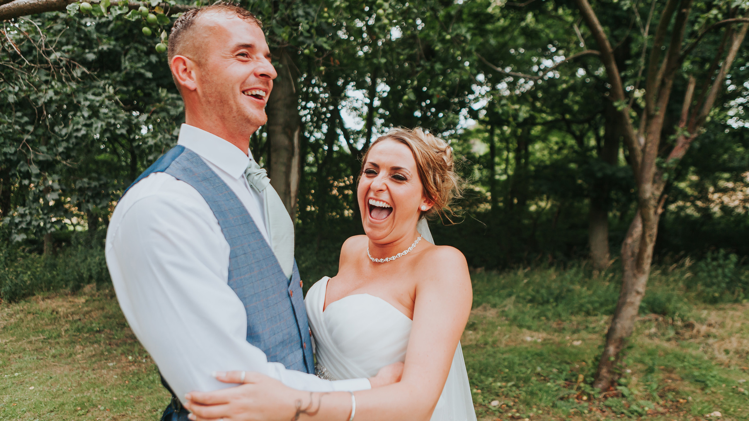 get married outdoors uk