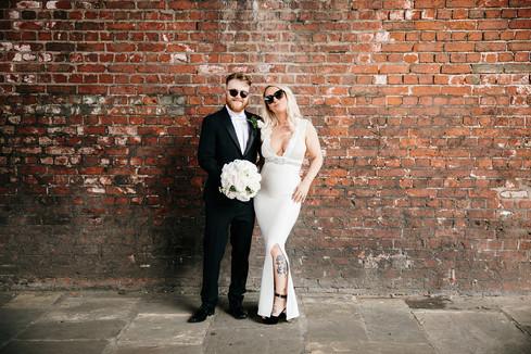 wedding couple photos under the arches near barca bar, Manchester