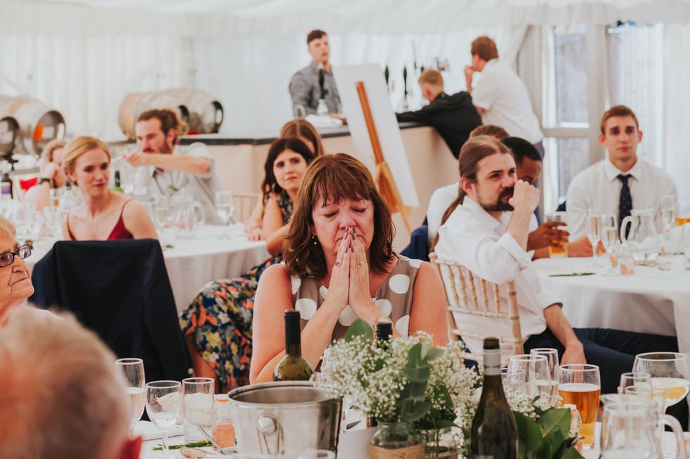 brides mum crying during speeces